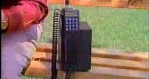 Retro-Commercial-Radio-Shack-Cell-Phones-1990