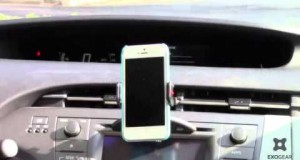 Best Price for 'Easy Fit' Car / Vehicle Air Vent Mount for Apple iPhone 5, 5S, 5CAmazon Pr New
