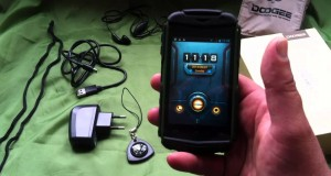 Doogee DG150 Titans Rugged Tactical Cell Phone.