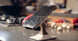 Swich wireless charging phone stand